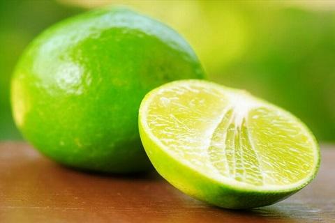 6 nguyên liệu thiên nhiên giúp điều trị nám, tang nhang tại nhà hiệu quả